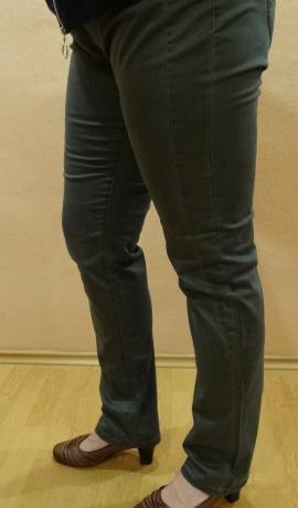 5-0336 Pelēkzaļas džinsas