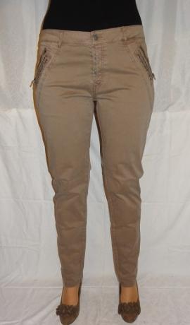 5-0391 Smilšu krāsas bikses ar metāla apdari.