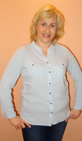 1-0916 Gaiši zila kreklblūze
