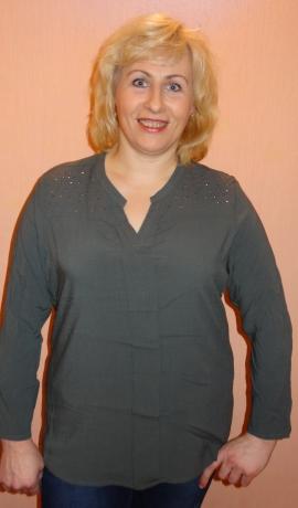 1-0909 Pelēcīgi zaļš krekls