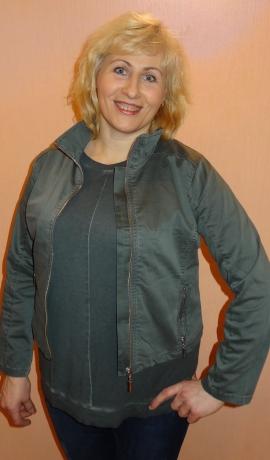 6-0251 Zilganzaļas krāsas jaka