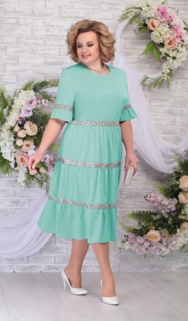 3-1646 Gaiši zaļa kleita ar volāniem