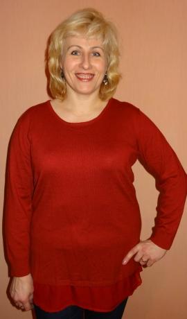 2-0367 Ķieģeļkrāsas džemperis ar šifonu