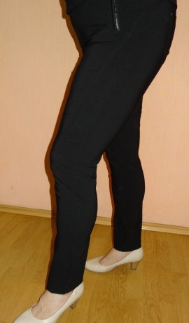 5-0316 Melnas elastīgas bikses
