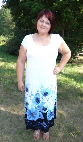 3-0471 Balta & zila apdrukāta kleita