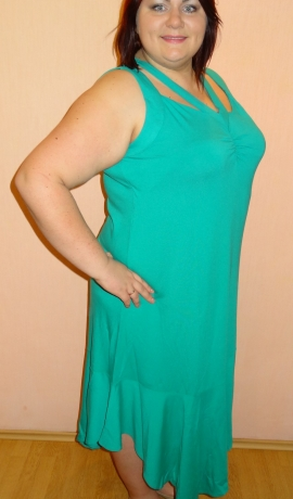 3-0500 Zaļa, gara kleita