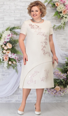 3-1823 Bēša kleita ar ziedu uzšuvēm