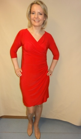 3-0239 Sarkana kleita