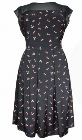 3-0126 Tumša kleita ar melnu augšu un pumpiņraksu