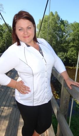 1-0667 Balts & melns krekls/blūze