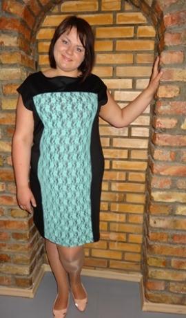 3-0157 Melna kleita ar mežģīnēm