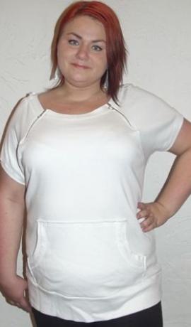 1-0214 Balts krekliņš ar kabatām