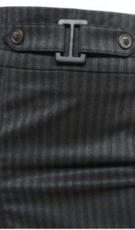 4-0059 Melni strīpaini svārki ar ielocēm un jostas detaļu