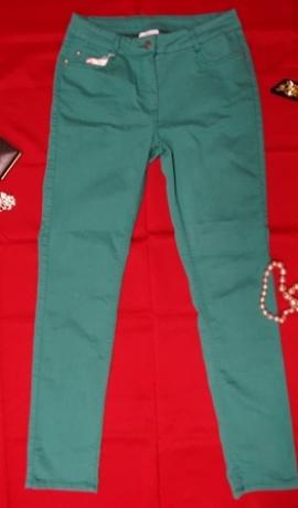 5-0228 Smaragda krāsas džinsi