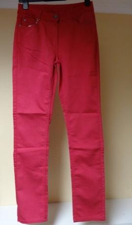 5-0230 Tumši rozā džinsi