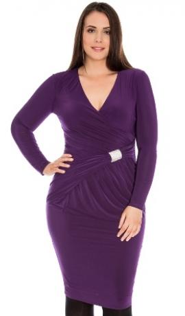 3-0264 Violeta kleita ar spīdīgu dekoru