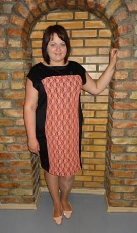 3-0159 Laškrāsas mežģīņu kleita
