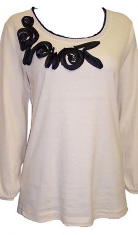 1-0215 krēmkrāsas tops ar melniem dekorējumu un spīdumiņiem